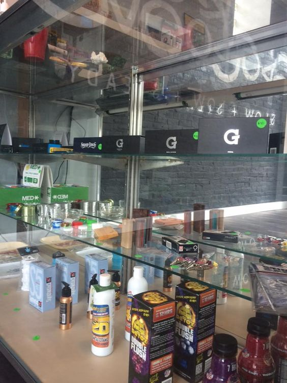 Kush Groove has got you covered fellow vapers #kushgroove #slownsteady http://ss1.us/a/qxqJ4XY2