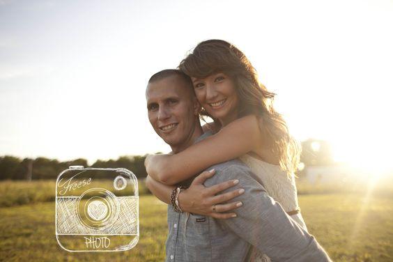 #freesephoto #couplesphotography #iowaphotographer #outdoor