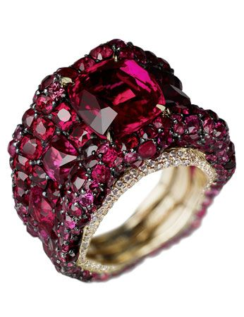 The ruby and diamond Vagabonde ring by Faberge
