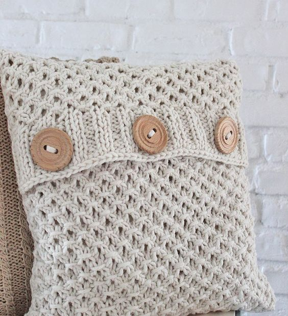 The textured pattern and great buttons are perfect for my family room Knitt...