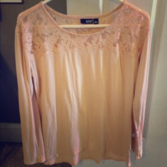 A.N.A light pink lace top Light pink lace top from jcpenney, worn and washed one time. a.n.a Tops Blouses