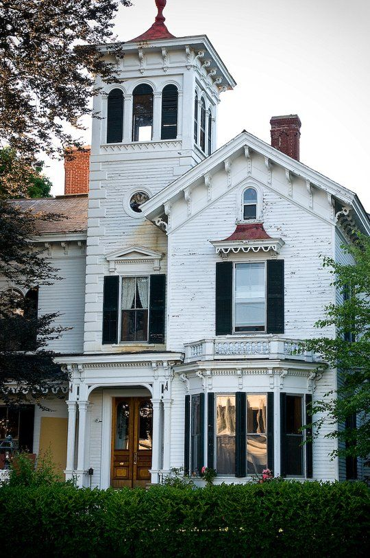 10 victorian homes in manchester new hampshire for New victorian style homes