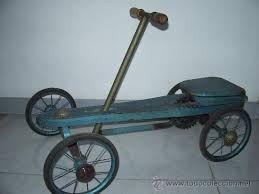 Resultat d'imatges de juguetes de madera antiguos denia