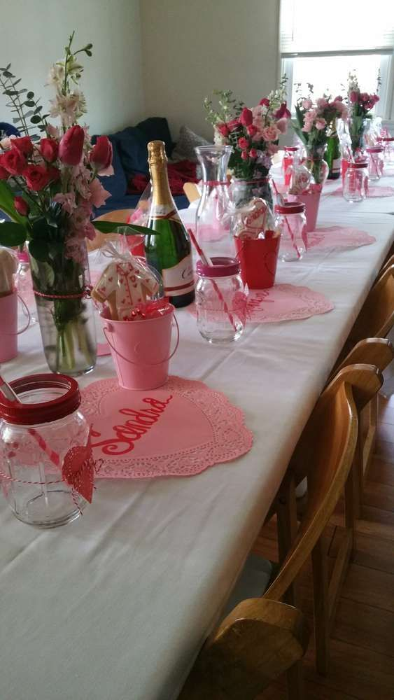 Valentine S Day Valentine S Day Party Ideas Photo 7 Of 9 Valentine Day Table Decorations Valentine Dinner Party Valentine Table Decorations