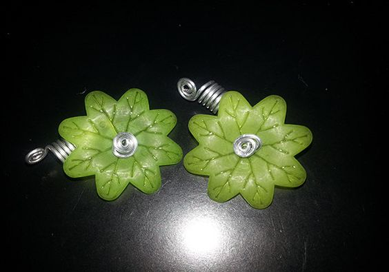Green Spinning Flower Loc Jewel Slide 2 pc by NaturalJaurney, $12.00