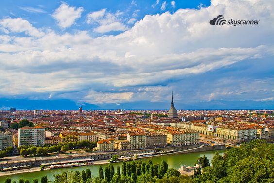 Turim - Itália. eu potencial turístico está fortemente ligado ao chocolate, tanto que todo ano acontece o festival CioccolaTò.