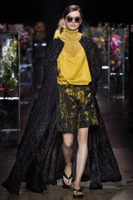 Dries Van Noten, Look #18
