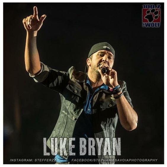 Luke Bryan at the Tacoma Dome 05.16.2015. Great performance.