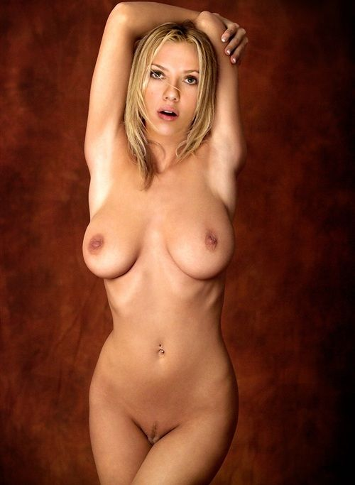 Free real naked pictures of scarlett johansson