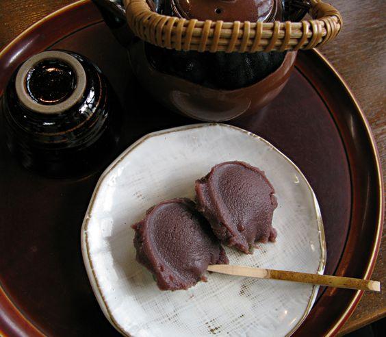 Chujo-mochi  当麻 中将餅