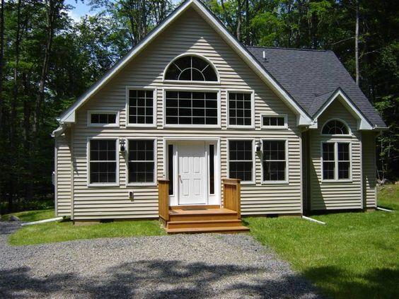 Rentals In The Poconos: Big Bass Lake 3 Bedroom Chalet