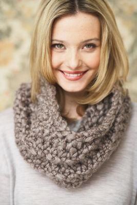 Patons® Cobbles™ Twirling Cowl (Knit)