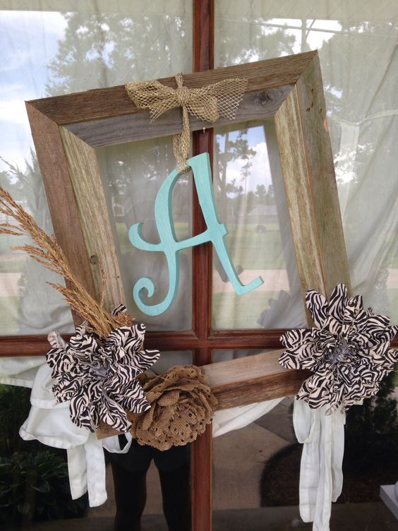 Frame wreath