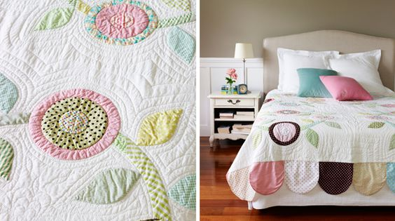 Pop Wreath Quilt - In Little Bits Quilting Bee published by Chronicle (hand sewn by Fiona Leche)
