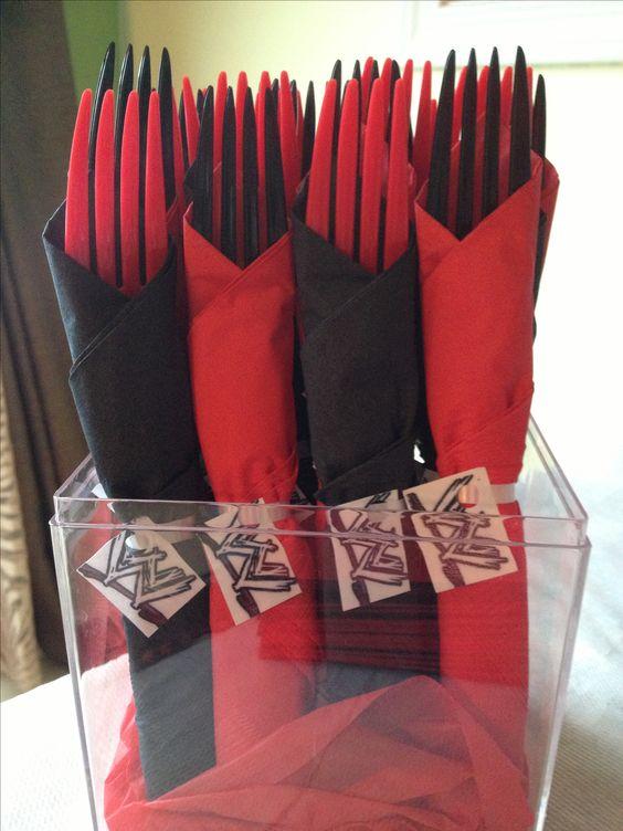 WWE cutlery