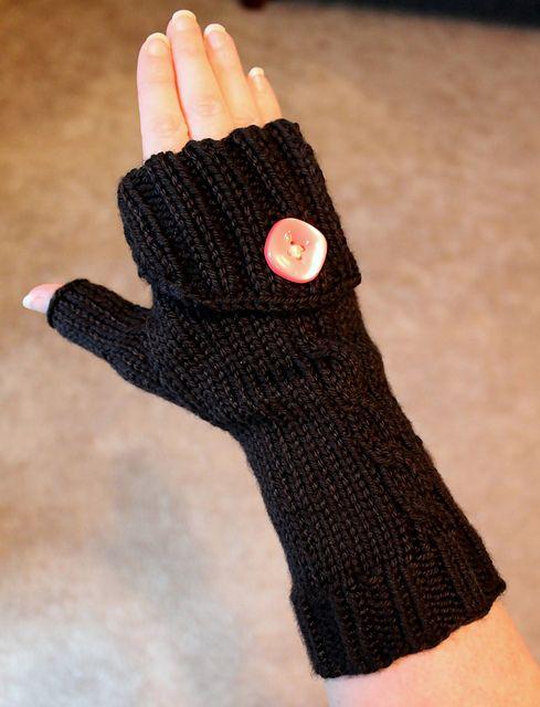 Knitting Pattern Turn : Commuter Fingerless Gloves, Free knitting pattern. Could turn into crochet an...