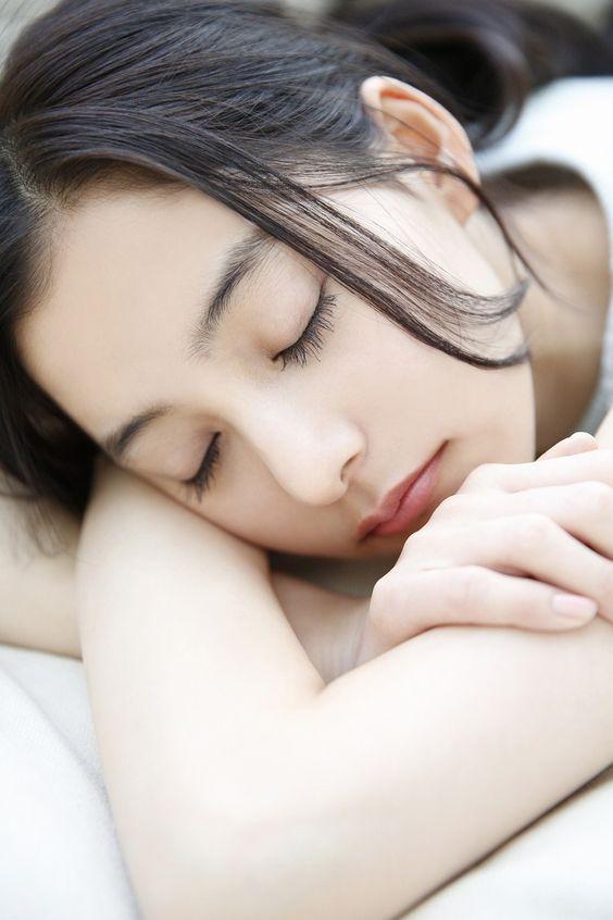 新木優子の寝顔