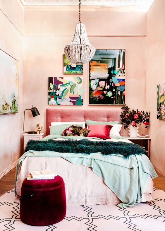 7 Beautiful Retro Beds That Will Bring Joy Into Your Life Daily