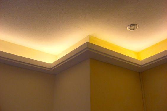 Indirekte LED Beleuchtung mit Stuckleisten, Lichtvouten DBML100ST
