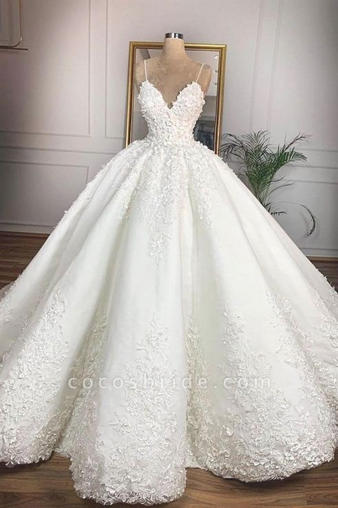 12 Stunning Wedding Dresses For Non Traditional Singapore Brides Modern Wedding Dress Wedding Dress Sequin Designer Bridal Gowns