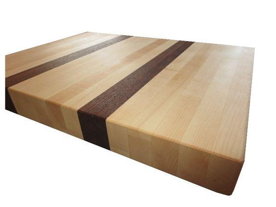 Maple & Walnut solid canadian wood cutting board !