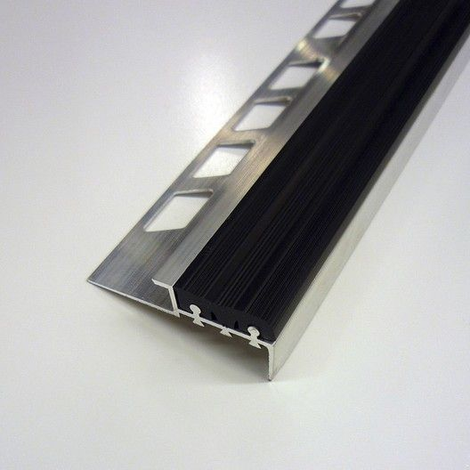 Nez De Marche Antiderapant Noir L 5 6 X L 125 Cm Leroy Merlin Nez De Marche Nez De Marche Alu Chaise Transparente
