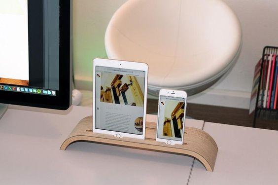 Tablet-IPad-IPhone+Ständer+von+Klaus+Maier+Schreinerei+auf+DaWanda.com