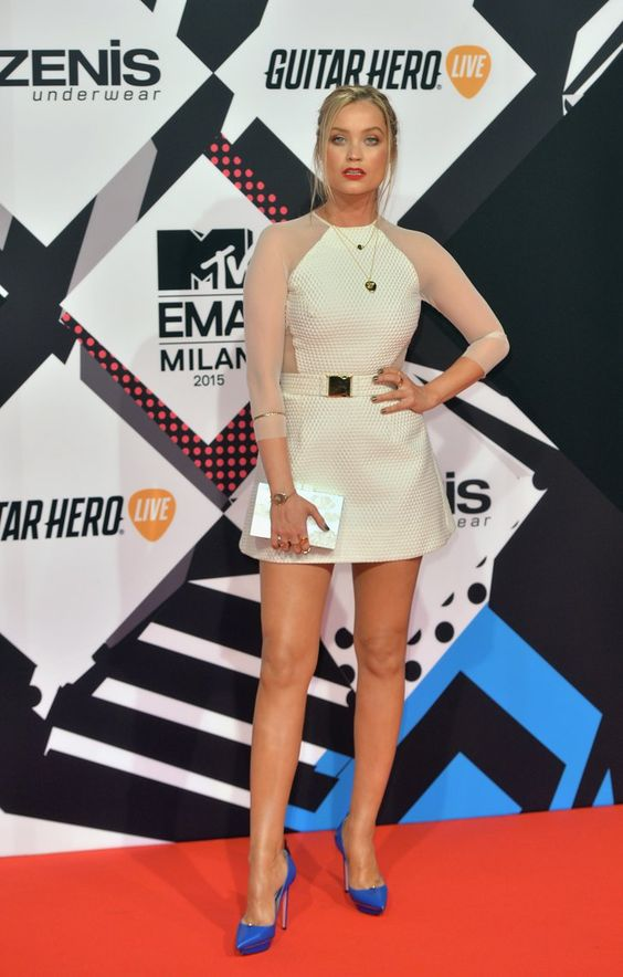 Pin for Later: La Guest List des MTV EMAs Était Plutôt Surprenante Laura Whitmore