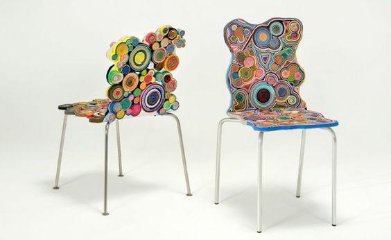 Harumaki Chair, sillas de plástico reciclado. Los hermanos Fernando y Humberto Campana son diseñadores contemporáneos conocidos por sus muebles hechos de materiales desechados como cartón, cuerdas, tubos de plástico, cuero y alambre de metal.