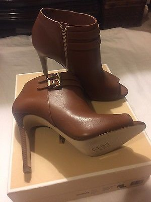 Ladies Michael Kors open toes boots light brown size 7