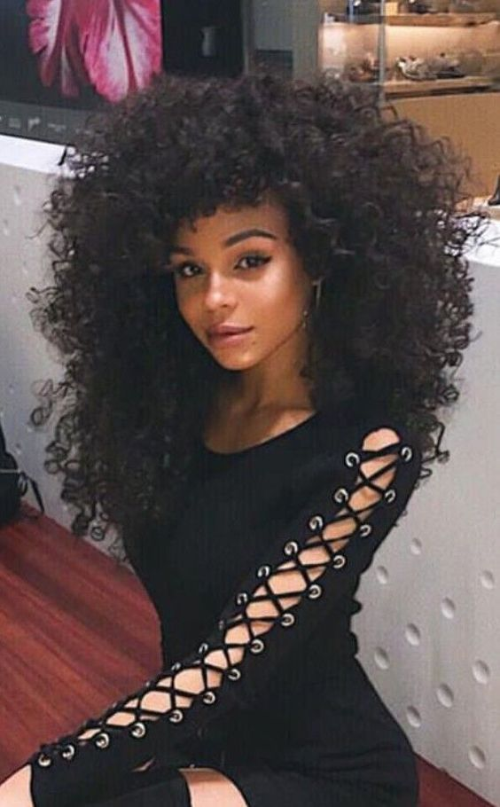 Coiffure Longue Afro Coiffure Coiffure Afro Cheveux Afro