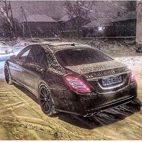 Pin By Nick Uhlmann On Cars Mercedes Benz S550 Mercedes Benz Amg Mercedes Benz Cars