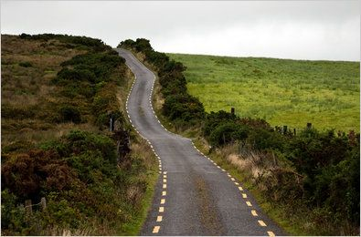 Pub hoping & country roads in Ireland