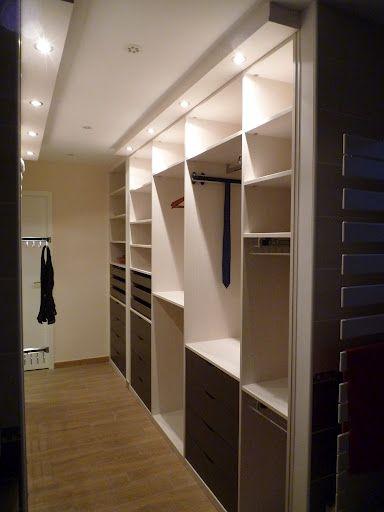 Dressing couloir id es rangement pinterest dressing - Dressing dans chambre mansardee ...
