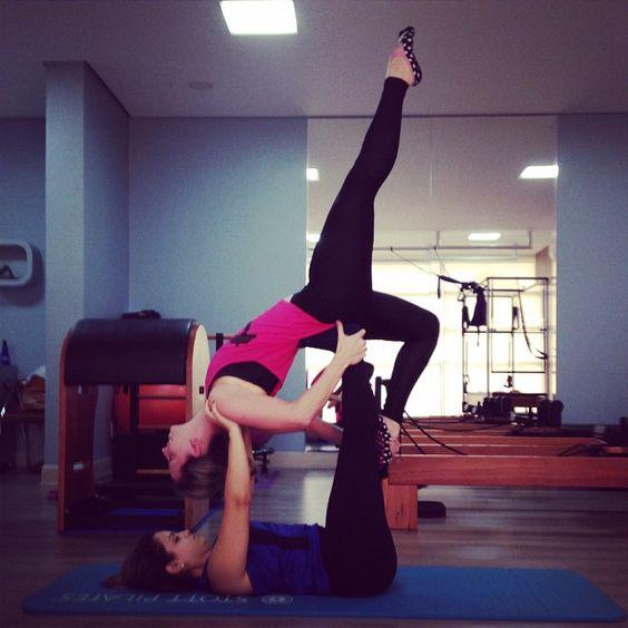 Ahh ee hj to em cima, @veronicaaviudes forteeee kkkk  #pilates #neopilates #acrobrasil #acrobacia #força #equilibrio #concentração