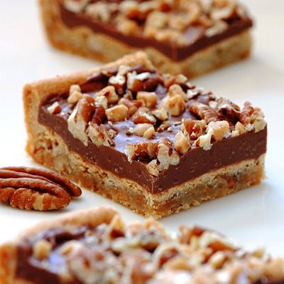 Toffee chocolate pecan bars