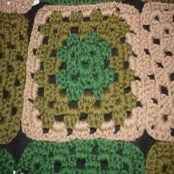 Crochet Stitches To Join Squares : Free Crochet Patterns : How to Join Granny Squares Beginner crochet ...