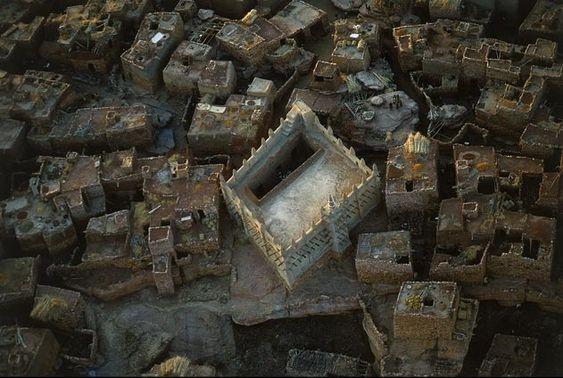 YannArthusBertrand2.org - Fond d écran gratuit à télécharger || Download free wallpaper - Village près de Kidal, Mali (18°26' N - 1°24'E).