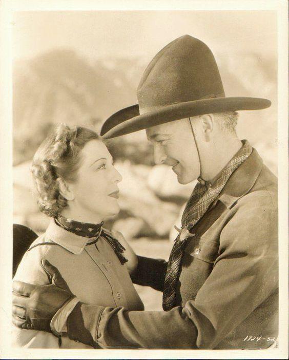 Natalie Moorhead and William Boyd in Heart of Arizona, 1938