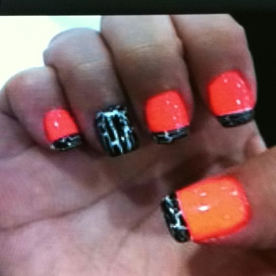 These nails are so rad!!!!