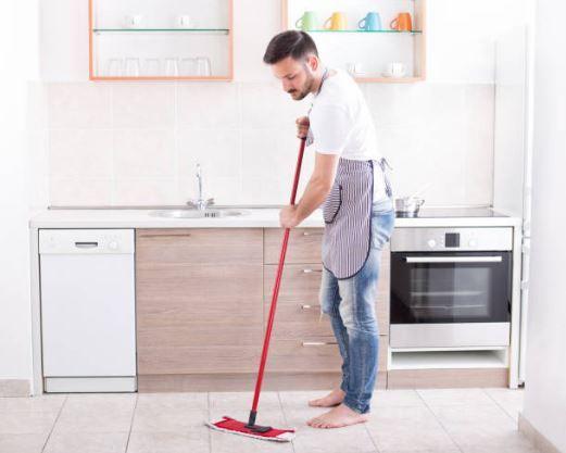 Carrelage 3 Ingredients Suffisent Pour Preparer Le Meilleur Des Nettoyants Astuces De Grand Mere Nettoyage De Carrelage Nettoyage Sol Comment Nettoyer Des Tuiles