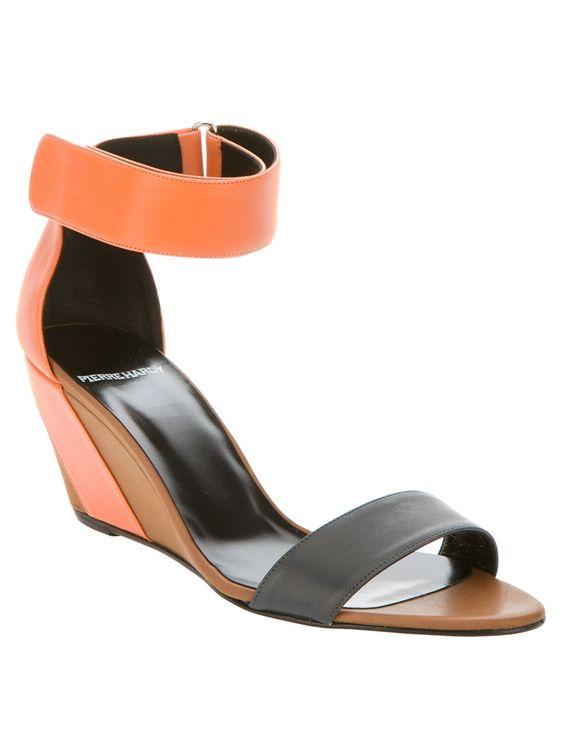 Wedge Sandal / PIERRE HARDY