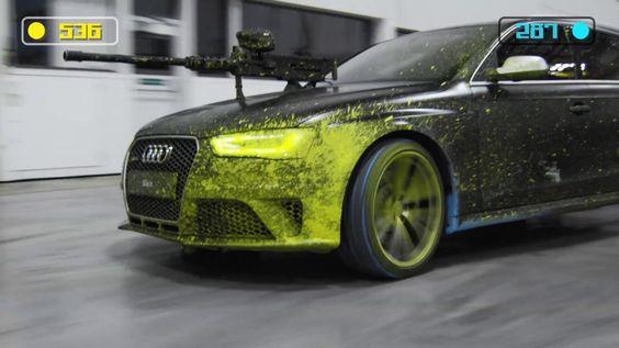 Paintball auf die normale Art und Weise zu spielen ist ja schon ganz cool, aber mit zwei Audi RS4 kommt das noch viel besser! Auf den Motorhauben der zwei Audi ... weiterlesen