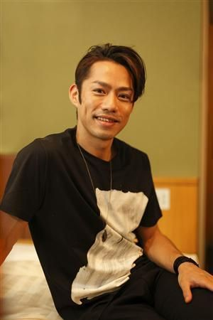 笑顔の高橋大輔さん