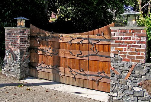 Stone Gate Pillars : Stone pillars driveways and driveway gate on pinterest