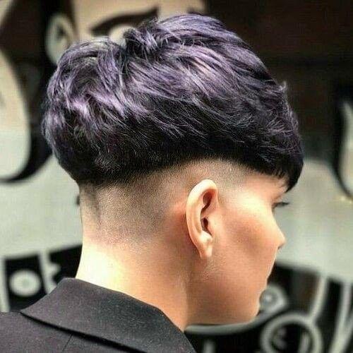 50 Pagenkopf Haarschnitte Von Den Beatles Frida Lyngstad Von Abba Andy Warhol Und Anderen Haben Prominente Haarschnitt Haarschnitt Ideen Styling Kurzes Haar