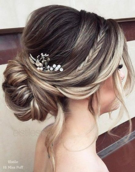 Wedding Hairstyles With Veil Updo Low Buns 46 Ideas Medium Length Hair Styles Medium Hair Styles Hair Styles