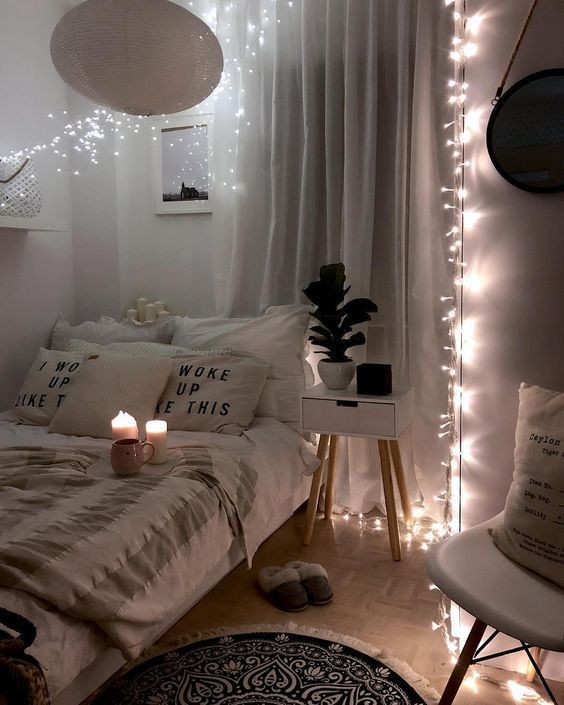 27 Small Bedroom Ideas Design Minimalist And Simple Pandriva In 2020 Cozy Small Bedrooms Small Bedroom Decor Aesthetic Bedroom