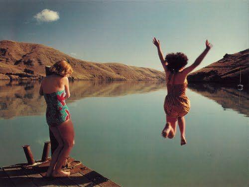 Heavenly Creatures. dir. Peter Jackson 1994. Winslet and Lynskey