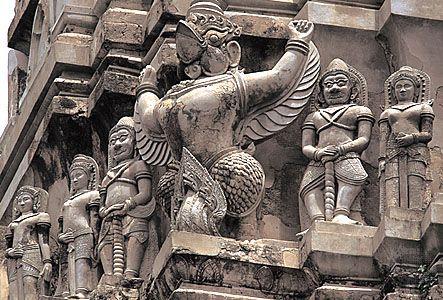 Ayutthaya: Wat Ratchaburana statuary | Guardians and other mythical creatures on Wat Ratchaburana, Ayutthaya, Thailand.  © 1997; AISA, Archivo Iconográfico, Barcelona, España